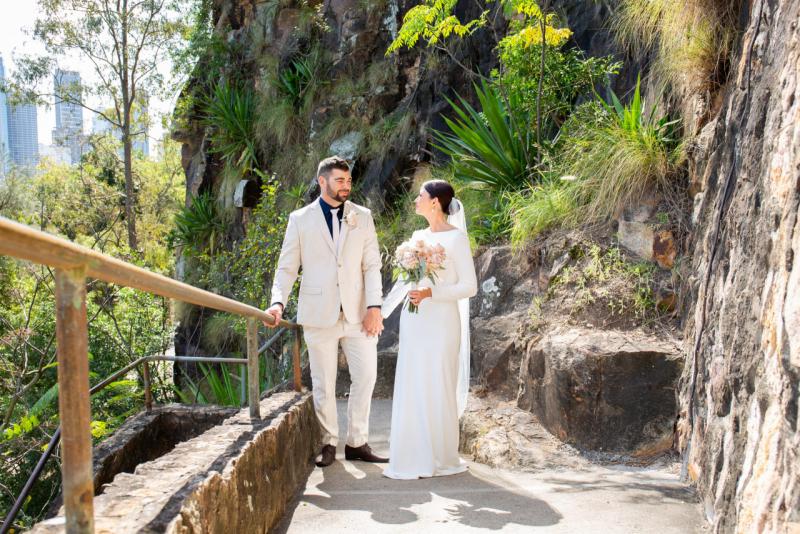 Kangaroo-Point-Cliffs-Brisbane-Weddings-scaled